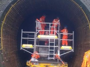 Farnworth Tunnel - Scaffold