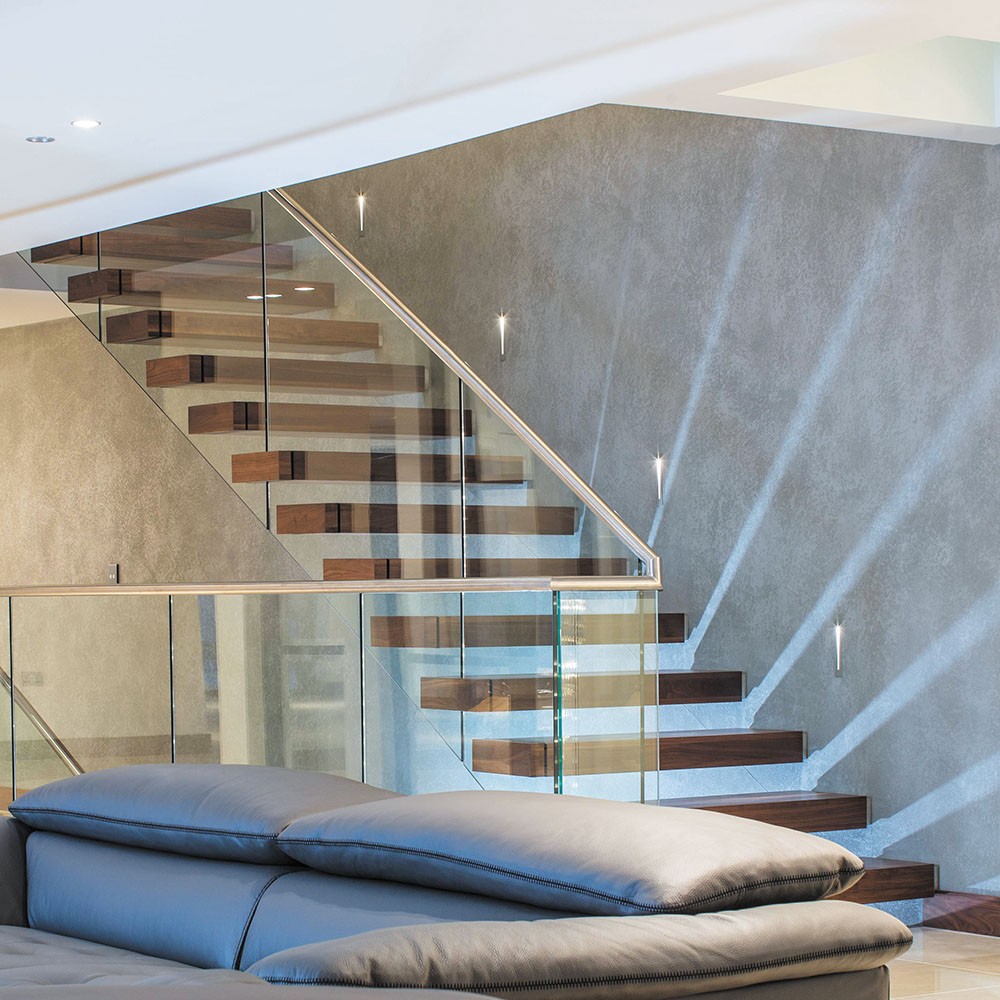 The art of 'floating' Cantilever staircases | netMAGmedia Ltd