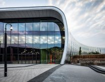 As part of the ongoing regeneration of Slough town centre, Barnshaws Section Benders has provided curved steel to support The Curve, the new cultural and learning centre: a project delivered by Slough Urban Renewal on behalf of Slough Borough Council. The steel forms part of the building's façade, which delivers a truly modern aesthetic, intended to uplift the local area. As a result, the building has been awarded 'Development of the Year 2017' at the Thames Valley Property Awards.